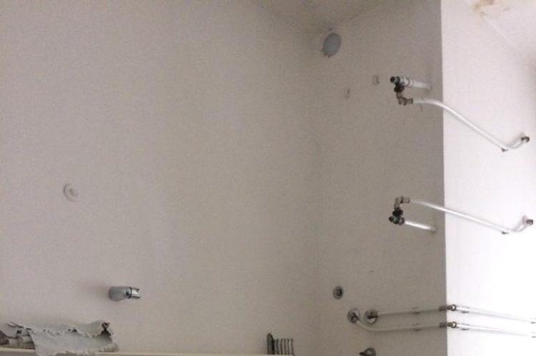 Zona bagno_pre ristrutturazione